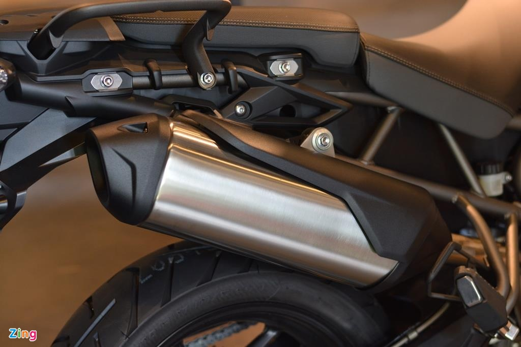 Can canh Triumph Tiger 800 2019 anh 12