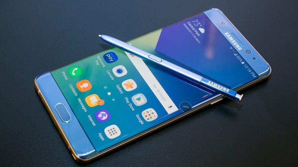 Galaxy Fold khong phai la 'tham hoa' nhu Galaxy Note 7 hinh anh 3