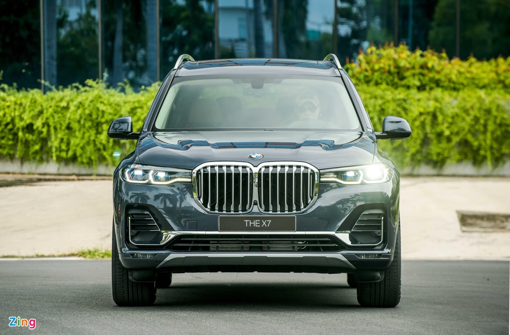 Chi tiet BMW X7 ra mat VN, SUV sang co lon gia 7,5 ty dong hinh anh 2
