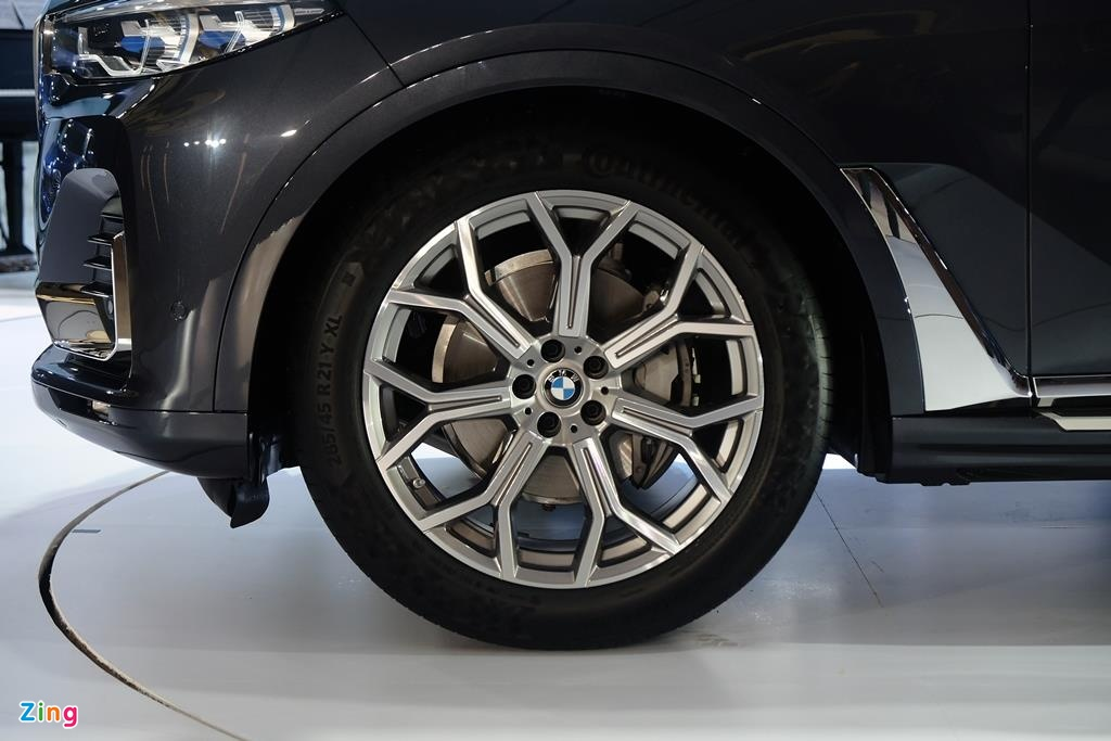 Chi tiet BMW X7 ra mat VN, SUV sang co lon gia 7,5 ty dong hinh anh 7