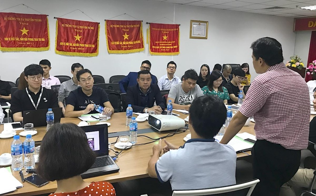 Đại diện của Bộ TTTT làm việc với các doanh nghiệp Trung Quốc, Hàn Quốc cung cấp game tại Việt Nam.