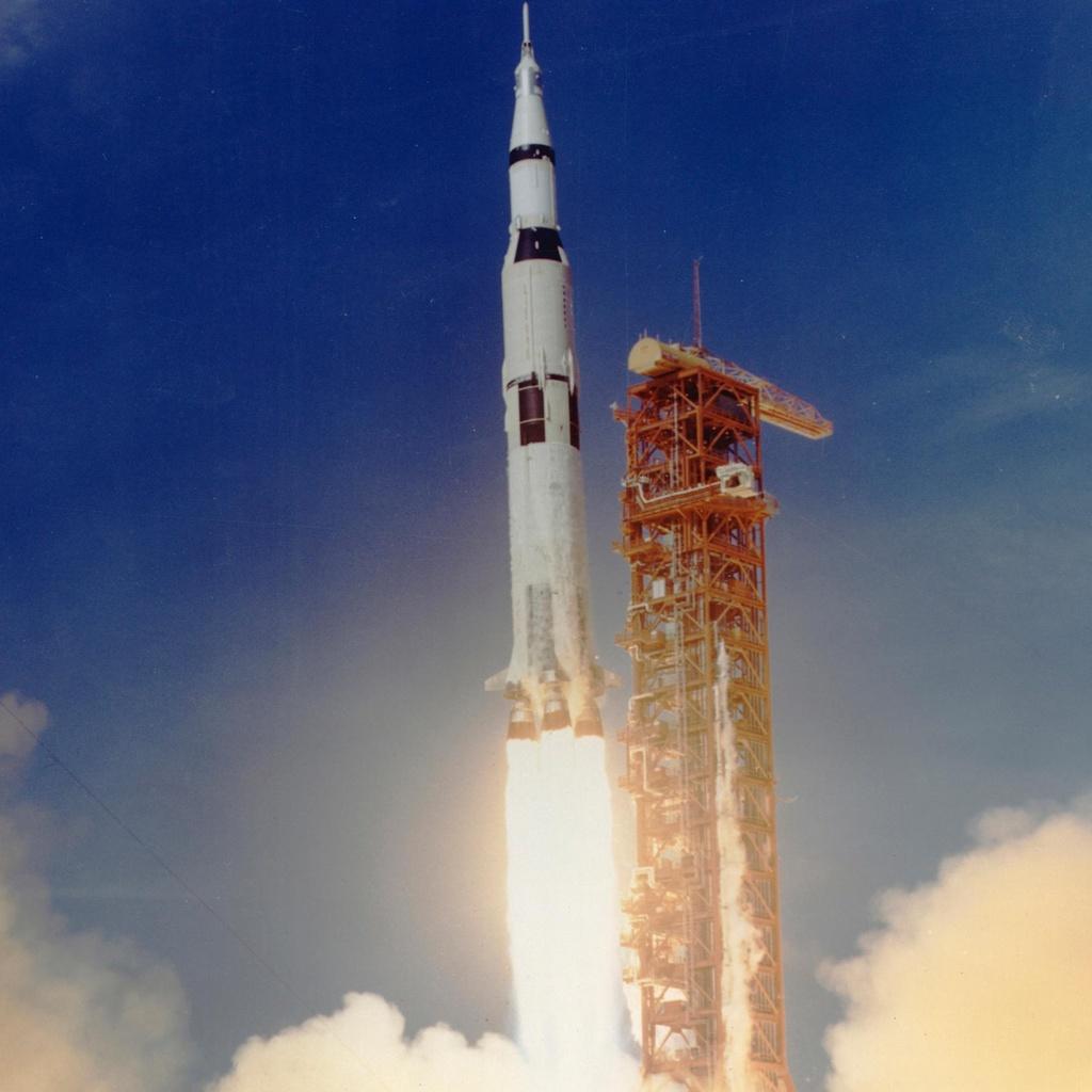 Vi sao NASA chua dua con nguoi len Mat Trang lan nua? hinh anh 2