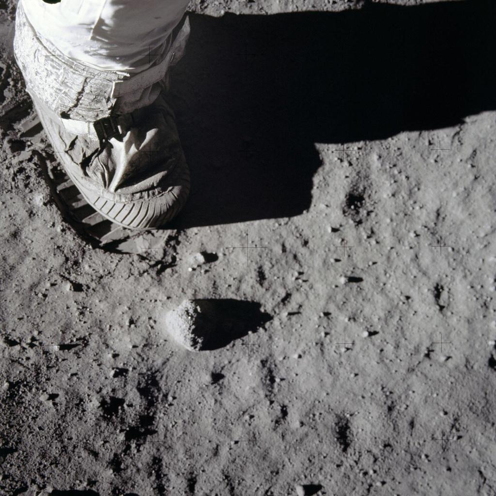 Vi sao NASA chua dua con nguoi len Mat Trang lan nua? hinh anh 3
