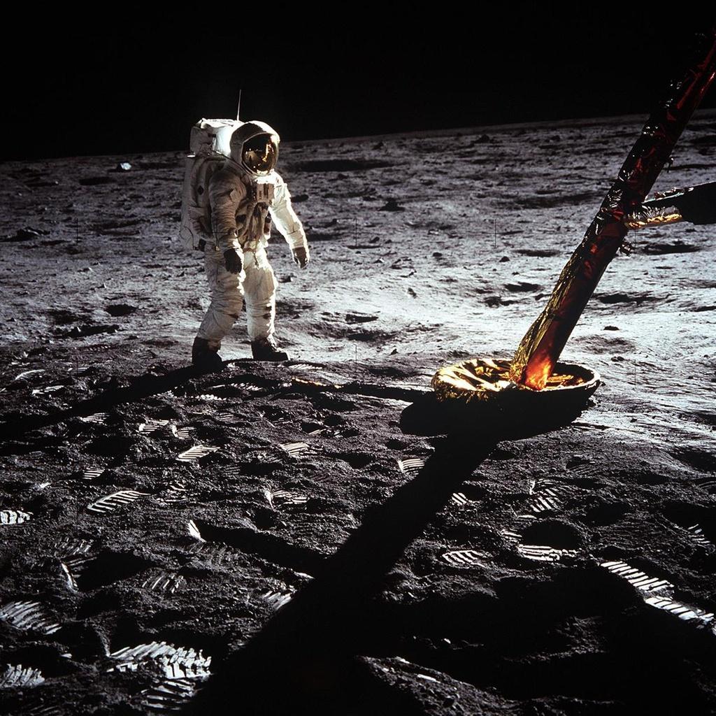 Vi sao NASA chua dua con nguoi len Mat Trang lan nua? hinh anh 4