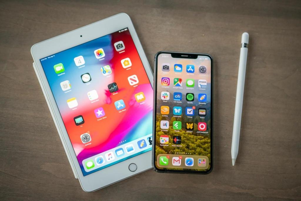 Vì sao Apple 'thèm khát' modem Intel đến vậy?