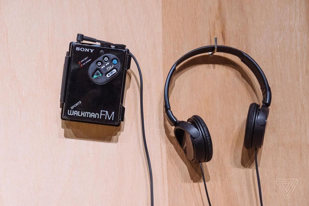Nhin lai nhung chiec Sony Walkman tung khien 7X, 8X Viet tu hao hinh anh 6