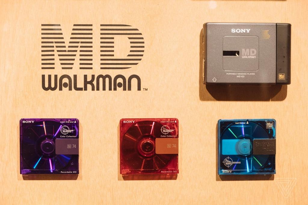 Nhin lai nhung chiec Sony Walkman tung khien 7X, 8X Viet tu hao hinh anh 21