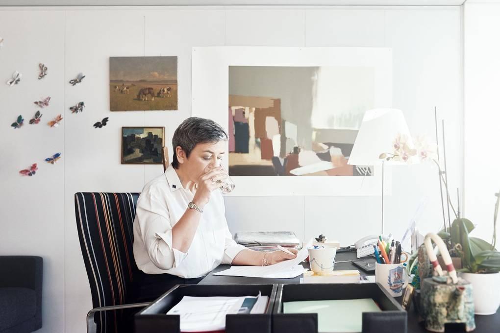 Mặc dù được bổ nhiệm vị trí mới, bà Vestager vẫn tiếp tục đảm nhận công việc tại ủy ban chống độc quyền của châu Âu. Ảnh: Wired.