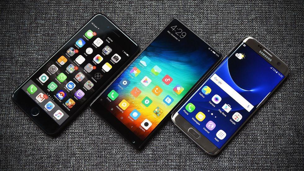 Vi sao Xiaomi chi 70 trieu USD lam chiec smartphone khong tuong? hinh anh 3