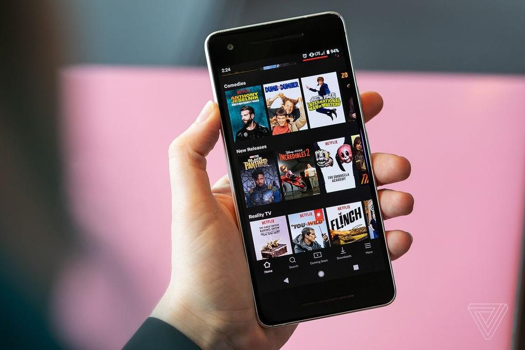 Quen smartphone di, cong nghe nam 2020 thu vi hon ban nghi hinh anh 4 Z02302012020.jpg