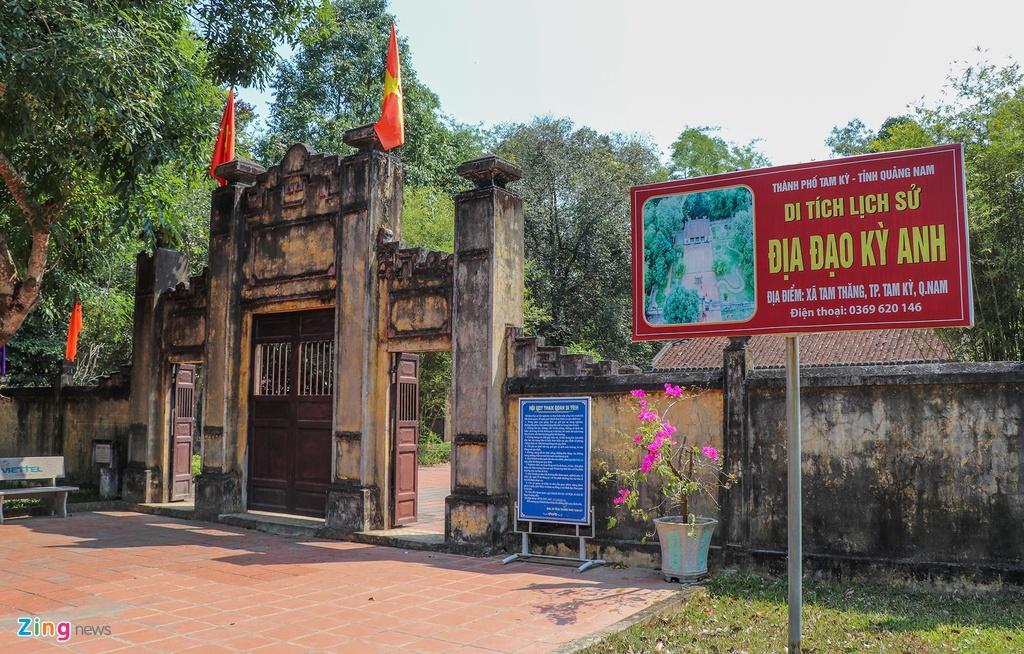 Kham pha dia dao dai 32 km o Quang Nam hinh anh 1