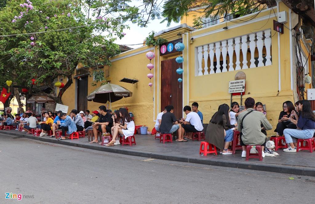 Hoi An vang khach le 30/4 anh 7