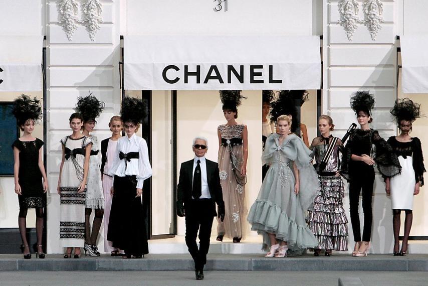 Karl Lagerfeld: 'Bo gia thoi trang' vuc day de che Chanel hinh anh 3
