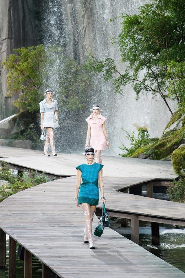 Karl Lagerfeld: 'Bo gia thoi trang' vuc day de che Chanel hinh anh 4