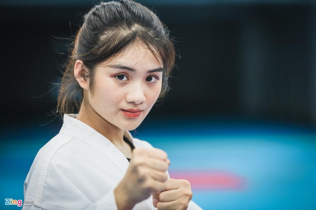 Tu cao thu karatedo den Miss Tai nang DH Hutech 2019 hinh anh 6