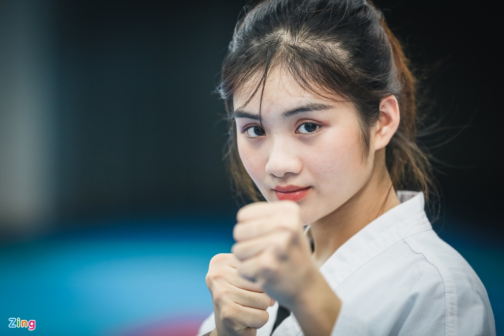 Tu cao thu karatedo den Miss Tai nang DH Hutech 2019 hinh anh 8