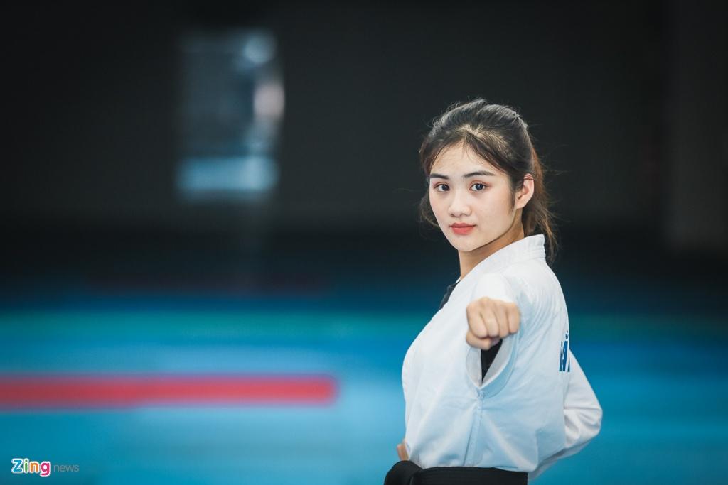 Tu cao thu karatedo den Miss Tai nang DH Hutech 2019 hinh anh 12