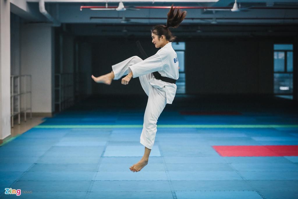 Tu cao thu karatedo den Miss Tai nang DH Hutech 2019 hinh anh 4