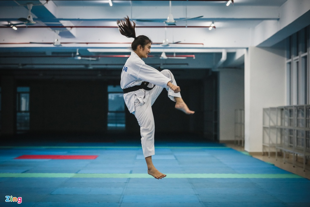 Tu cao thu karatedo den Miss Tai nang DH Hutech 2019 hinh anh 3