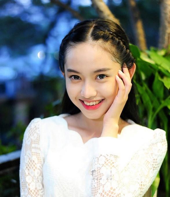 Thieu gia Phan Thanh: Giau co, yeu toan hot girl ma mai chua den dau hinh anh 5