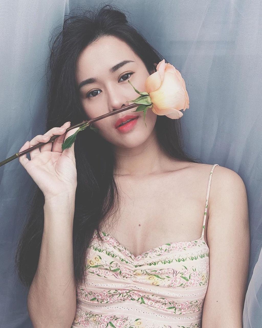 Hoi hot girl sinh nam 1990 ly hon, lan dan tinh duyen hinh anh 2