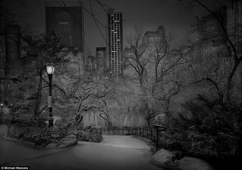 Central Park am u khong mot bong nguoi vao ban dem hinh anh 10