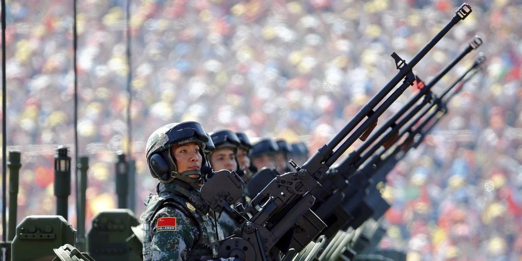 Binh sĩ PLA tại quảng trường Thiên An Môn, Bắc Kinh, vào tháng 9 năm 2015 . Ảnh: Reuters