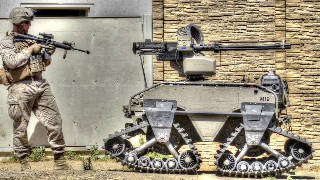Thế giới khó tránh khỏi những cuộc chiến tranh kết hợp AI. Ảnh: Teslarati.