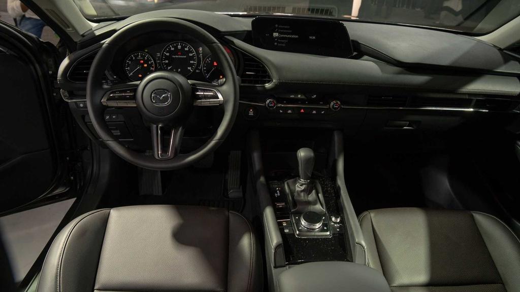 Chi tiet Mazda3 2019 - thiet ke toi gian va cao cap hinh anh 5