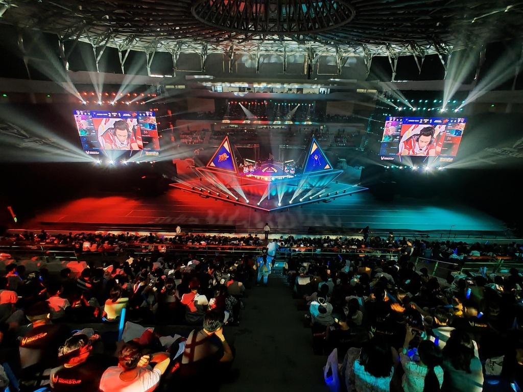 Nhung thang nhoc 'nghien game' mang vinh quang ve cho eSports Viet Nam hinh anh 13
