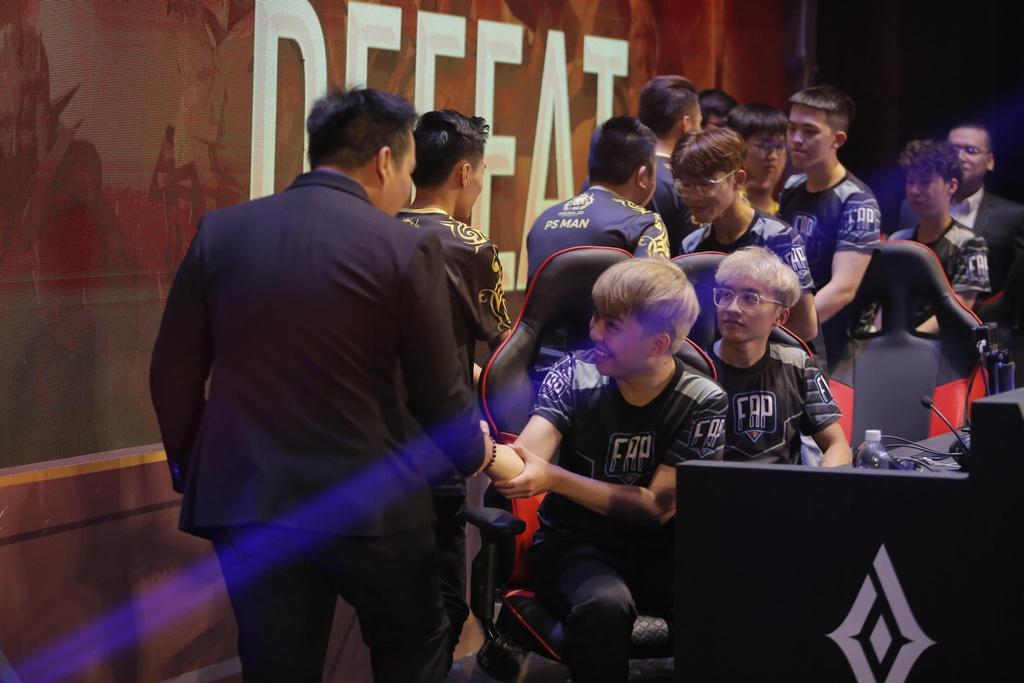 Team Flash khong dai dien Viet Nam tai SEA Games anh 2