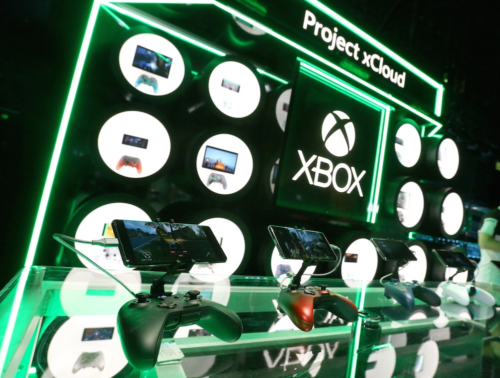 The gioi rot cuoc se choi game theo kieu Sony hay Microsoft? anh 3
