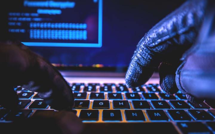 Nhung hacker nguy hiem bac nhat lich su anh 8
