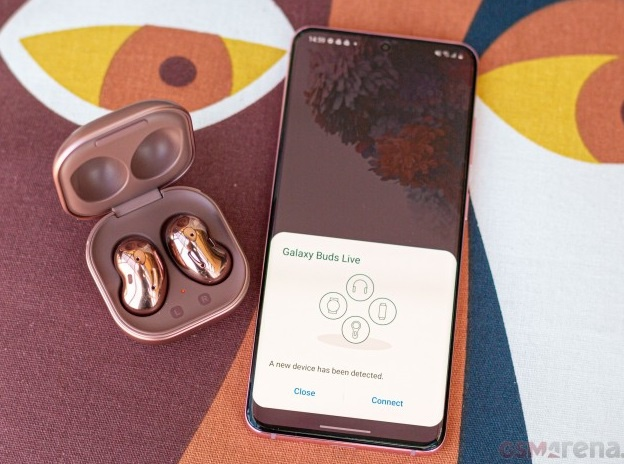 Galaxy Buds Live co gia 169 USD anh 4