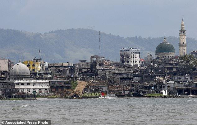 giai phong Marawi anh 3