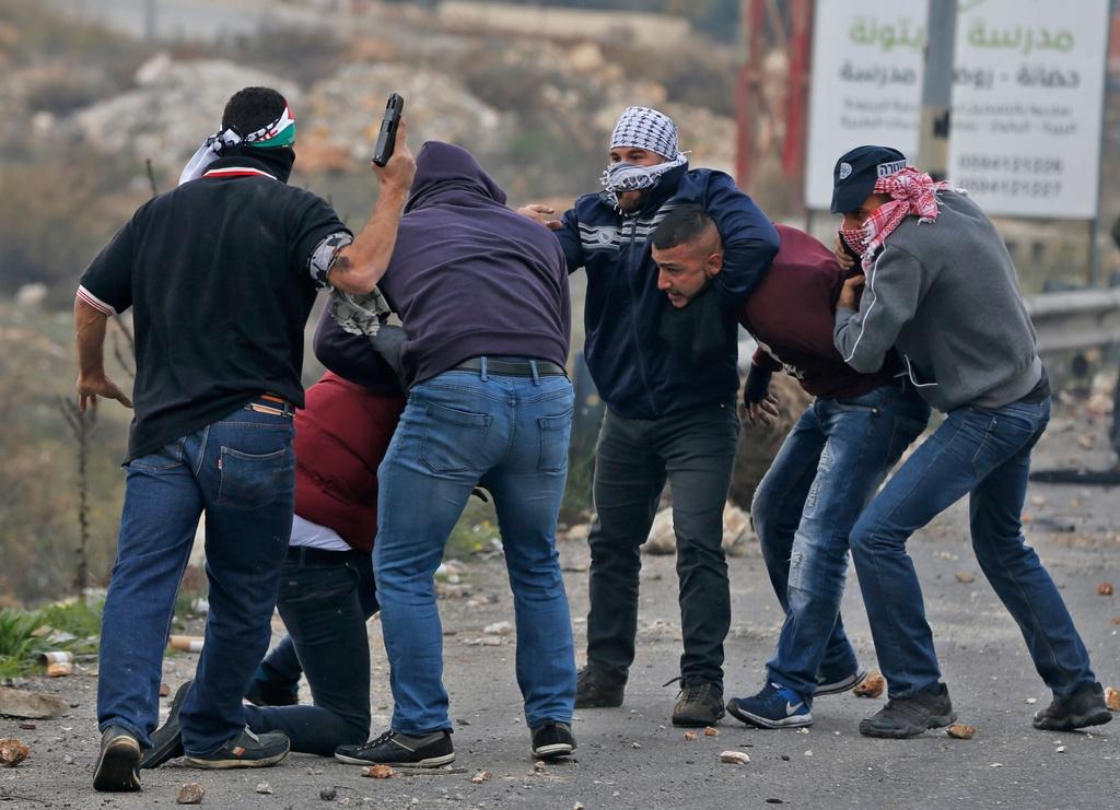Mat vu Israel manh tay tran ap, bat giu 200 nguoi Palestine hinh anh 3