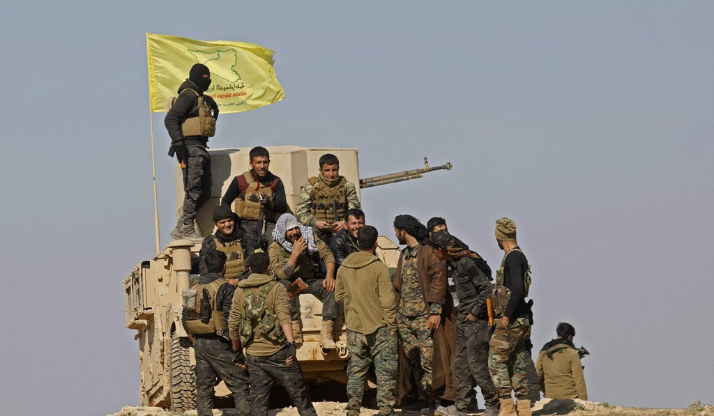 Cuoc tron chay khoi 'phao dai' cuoi cung cua IS o Syria hinh anh 3