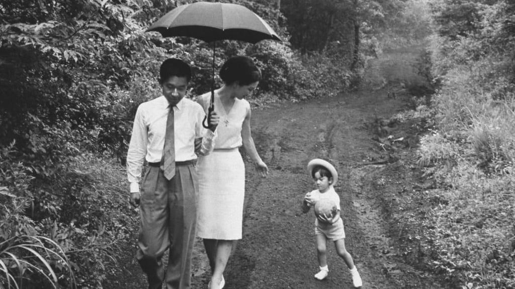 Chuyen tinh the ky cua Nhat hoang Akihito va Hoang hau Michiko hinh anh 13
