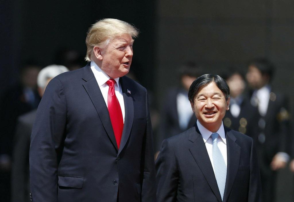 Tong thong Trump hoi kien Nhat hoang Naruhito tai Hoang cung hinh anh 1