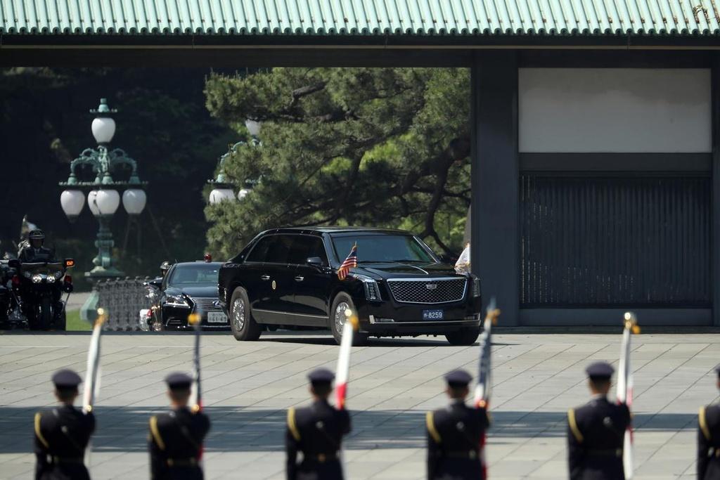 Tong thong Trump hoi kien Nhat hoang Naruhito tai Hoang cung hinh anh 7