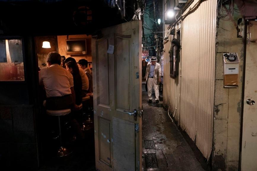Dem o nhung con hem chat hep cua quan Shinjuku cua Tokyo hinh anh 8
