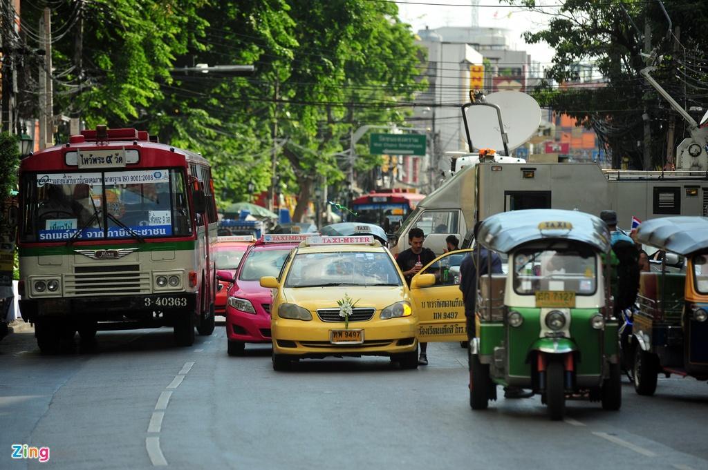 Phuong tien van tai cong cong da dang o Thai Lan hinh anh 1