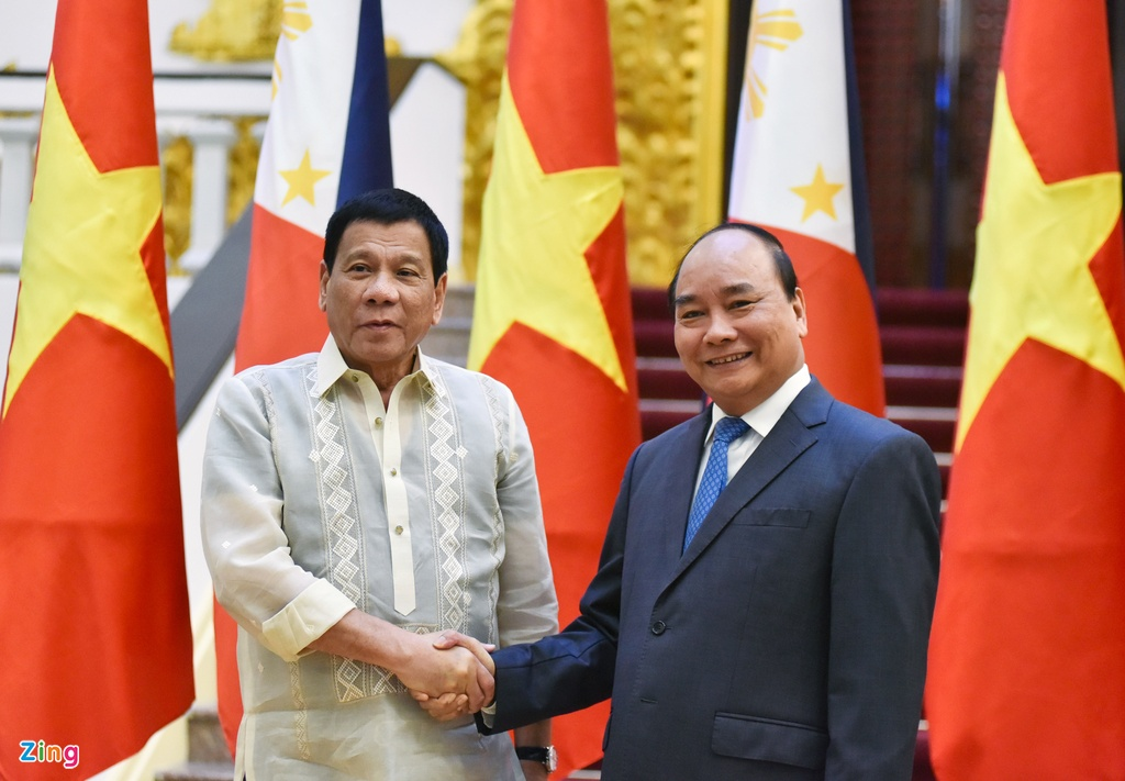 Tong bi thu, Thu tuong gap Tong thong Philippines Duterte hinh anh 1