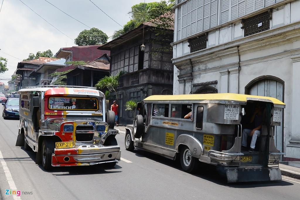 Nhung phuong tien van chuyen doc dao o Philippines, Myanmar hinh anh 6