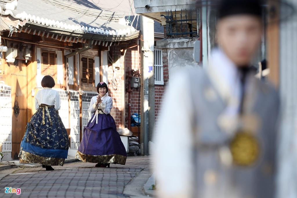 mac thu hanbok tai Seoul,  Han Quoc anh 12