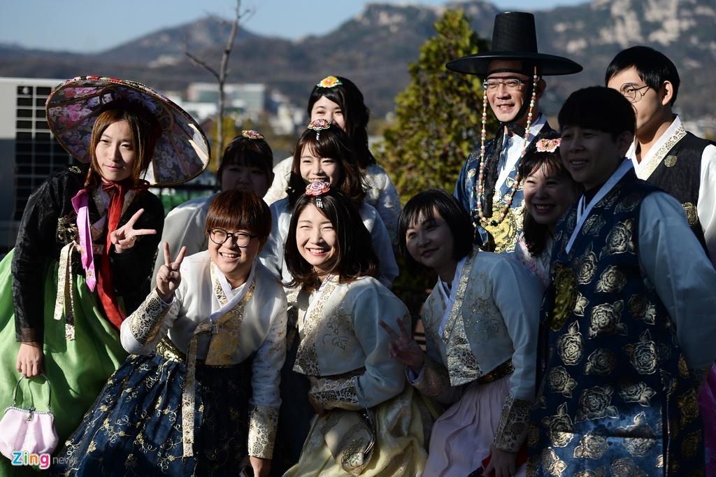 mac thu hanbok tai Seoul,  Han Quoc anh 14