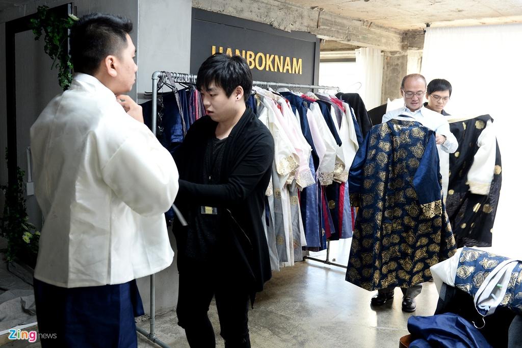 mac thu hanbok tai Seoul,  Han Quoc anh 3