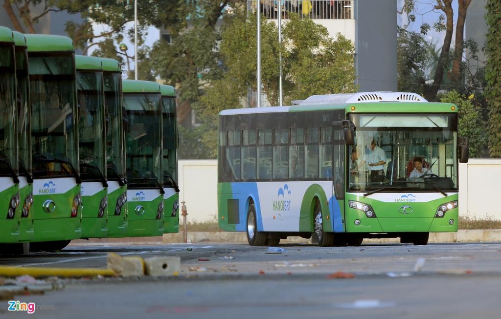 xe buyt nhanh BRT o Ha Noi anh 9