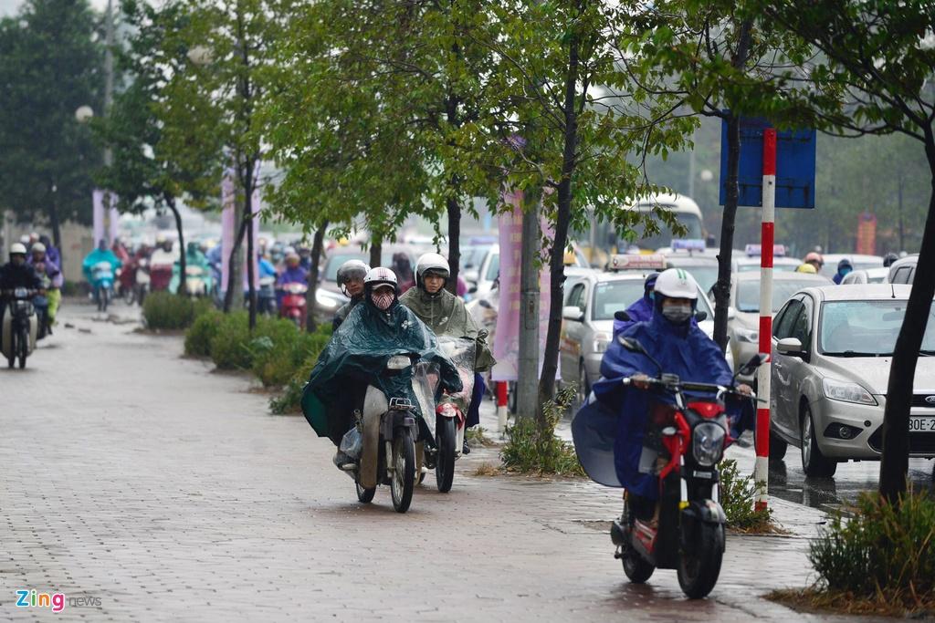Un tac giao thong o Le Van Luong anh 9
