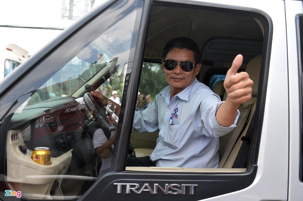 Canh tai xe nao loan tram thu phi BOT Cai Lay hinh anh 16
